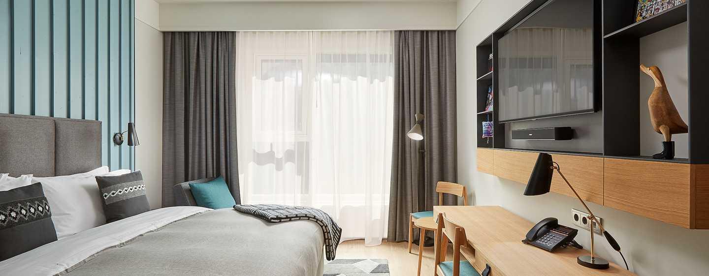Canopy by Hilton Reykjavik City Centre, Island– Canopy Gästezimmer mit King-Size-Bett