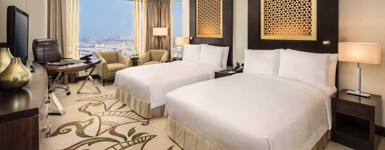 Conrad Dubai Hotel, VAE– Deluxe Zimmer mit zwei Doppelbetten und Meerblick