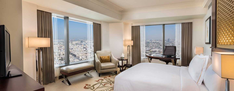Conrad Dubai Hotel, VAE– Executive Zimmer mit King-Size-Bett