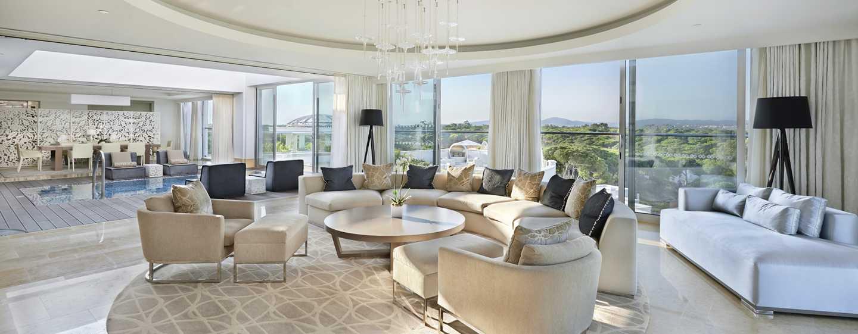 Conrad Algarve Hotel, Portugal– Dachgarten-Suite mit King-Size-Bett