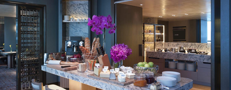 Conrad Hong Kong, China – Executive Lounge