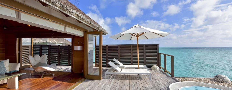 Conrad Maldives Rangali Island Hotel, Malediven – Genießen Sie den Ausblick von der Terrasse und aus dem Whirlpool