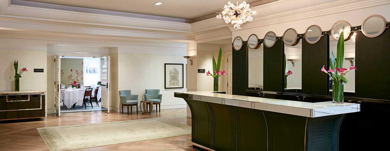 The London NYC, New York, USA– Lobby-Bar
