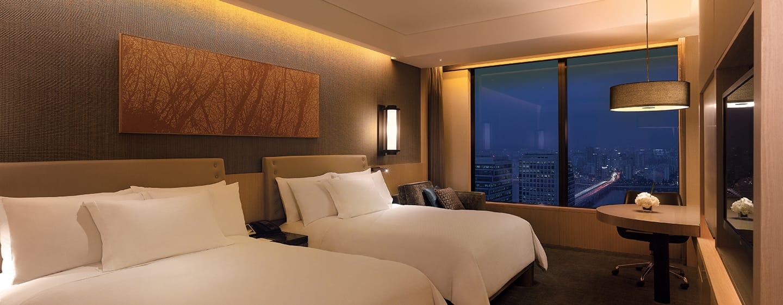 Conrad Seoul Hotel, Südkorea– Premium Zimmer mit Queensize-Bett und Flussblick