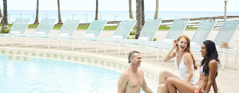 The Diplomat Beach Resort Hollywood, Curio Collection by Hilton Hotel, USA – Lagunenpool, Cabanas und Resort an der Küste