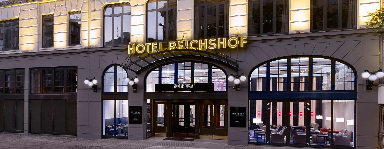 Reichshof Hamburg, Curio Collection by Hilton – Außenansicht