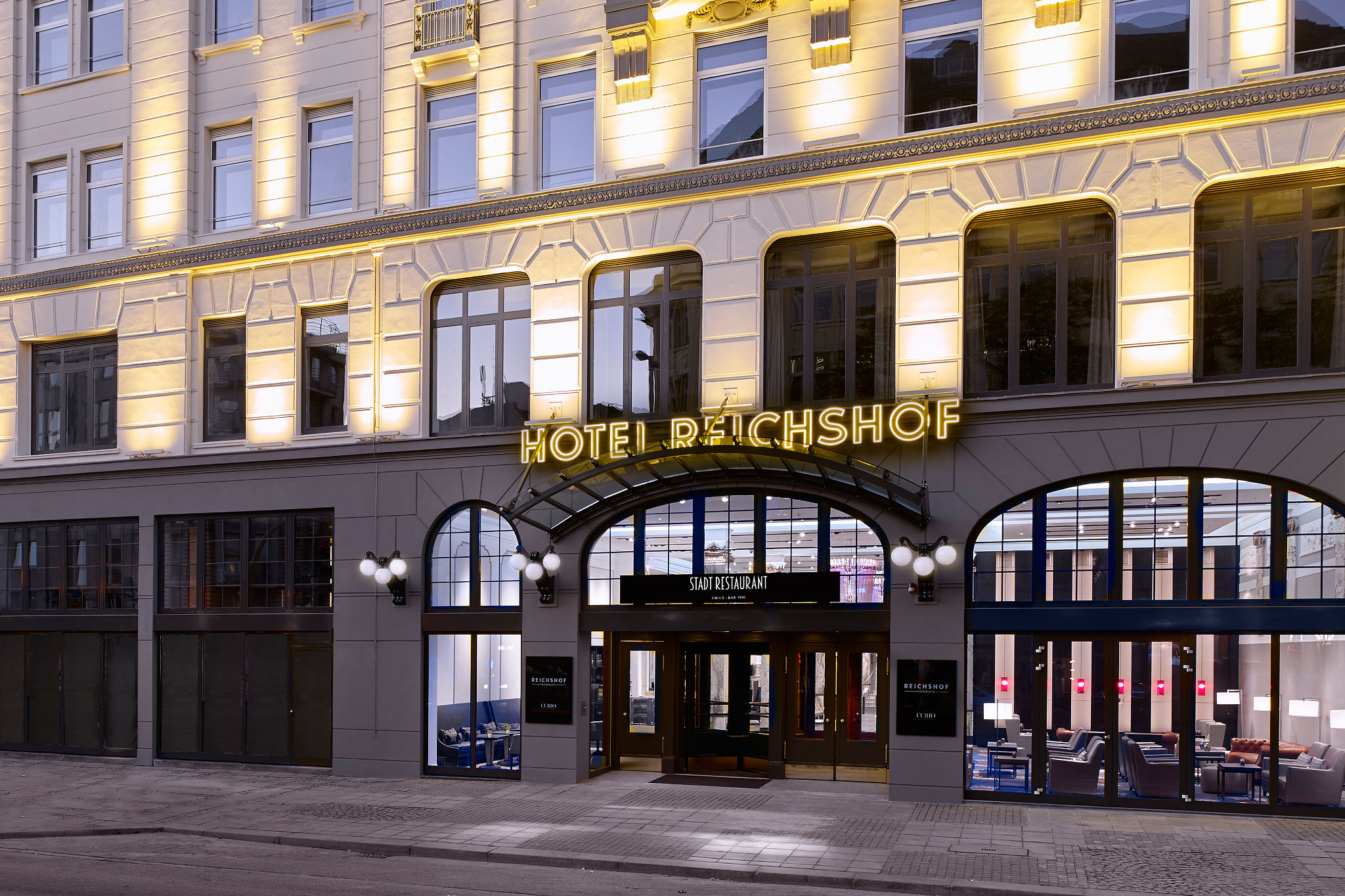 Reichshof Hamburg, Curio Collection by Hilton