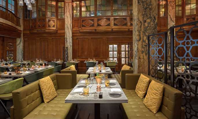 Reichshof Hamburg, Curio Collection by Hilton – Stadt Restaurant