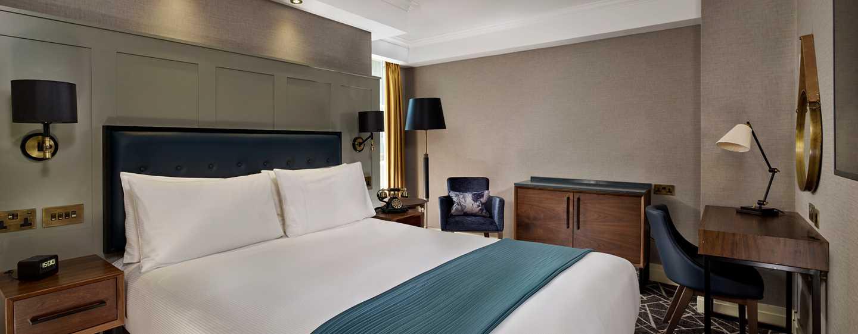 100Queen's Gate Hotel London, Curio Collection by Hilton– Zimmer mit Queensize-Bett