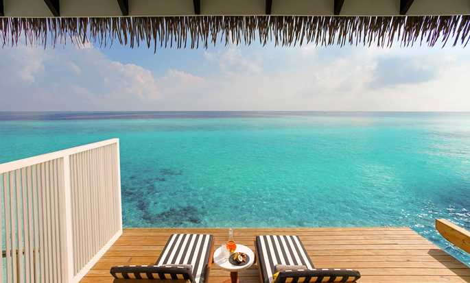 SAii Lagoon Maldives, Curio Collection by Hilton, Malediven – Zimmer