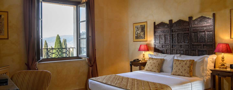 La Bagnaia Golf & Spa Resort Siena, Curio Collection by Hilton, Italien– Gästezimmer
