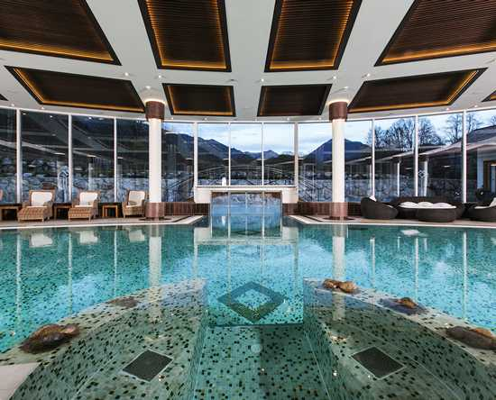 Grand Tirolia Hotel Kitzbühel, Curio Collection by Hilton, Österreich – Swimmingpool