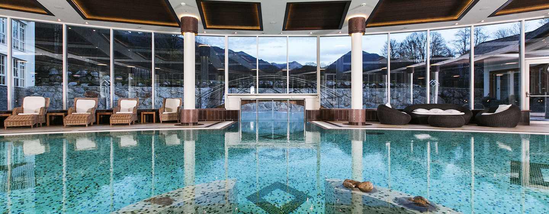 Grand Tirolia Hotel Kitzbühel, Curio Collection by Hilton, Österreich– Innenpool