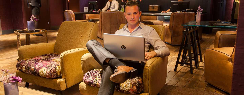 DoubleTree by Hilton Hotel Amsterdam– NDSM Wharf, Niederlande– Gäste im Business Center