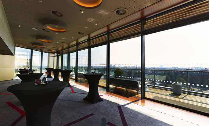 DoubleTree by Hilton Hotel Amsterdam Centraal Station - Skylounge