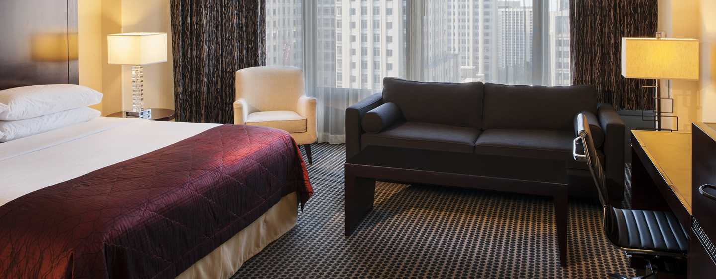 Doubletree Hotel Chicago Magnificent Mile, USA – Zimmer mit King-Size-Bett