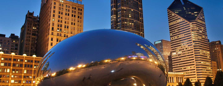 Doubletree Hotel Chicago Magnificent Mile, USA – Millennium Park