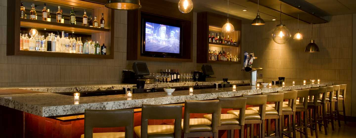 Doubletree Hotel Chicago Magnificent Mile, USA – MARKETHOUSE Bar