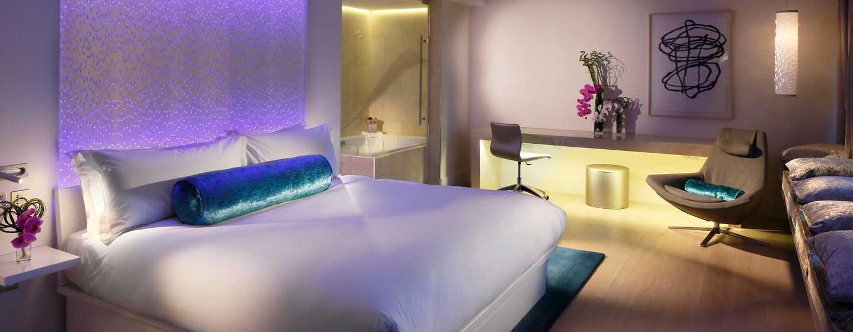 The Morrison, a DoubleTree by Hilton Hotel, Irland - Penthouse Suite mit Flussblick und Balkon