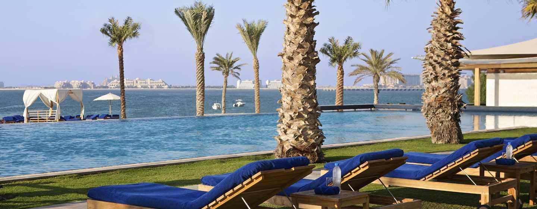 DoubleTree by Hilton Hotel Dubai Jumeirah Beach, Dubai, VAE– Außenpool