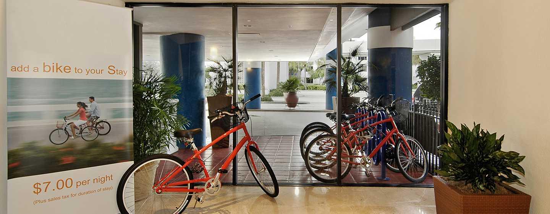 Bahia Mar Fort Lauderdale Beach - a DoubleTree by Hilton Hotel, USA– Fahrrad-Verleih