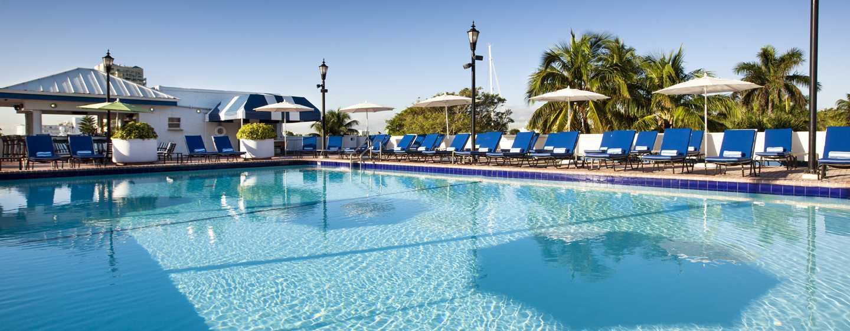 Bahia Mar Fort Lauderdale Beach - a DoubleTree by Hilton Hotel, USA– Außenpool