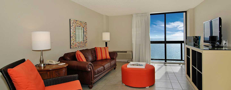 Bahia Mar Fort Lauderdale Beach - a DoubleTree by Hilton Hotel, USA– Wohnbereich der Suite