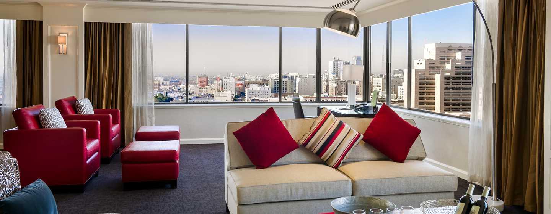 DoubleTree by Hilton Hotel Los Angeles Downtown, Vereinigte Staaten - Presidential Suite mit Wohn- und Essbereich