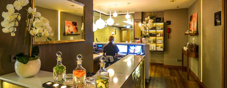 DoubleTree by Hilton Hotel Lodz, Polen– Hotelempfang