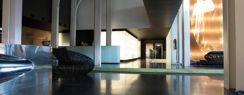 DoubleTree by Hilton Hotel Lisbon– Fontana Park, Portugal– Lobby-Bereich