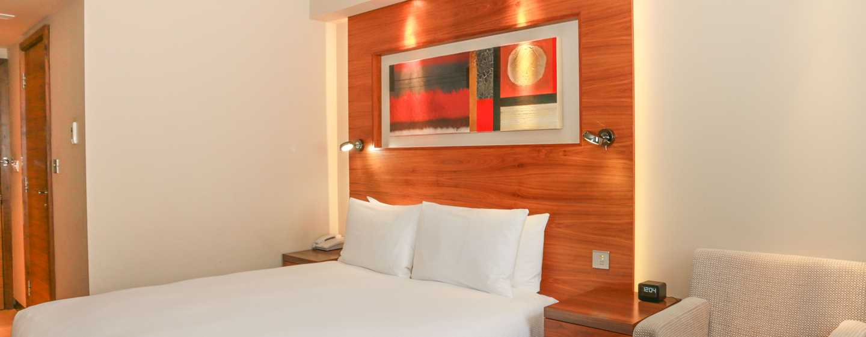 DoubleTree by Hilton London – Kensington Hotel, Großbritannien – Zimmer mit Queen-Size-Bett
