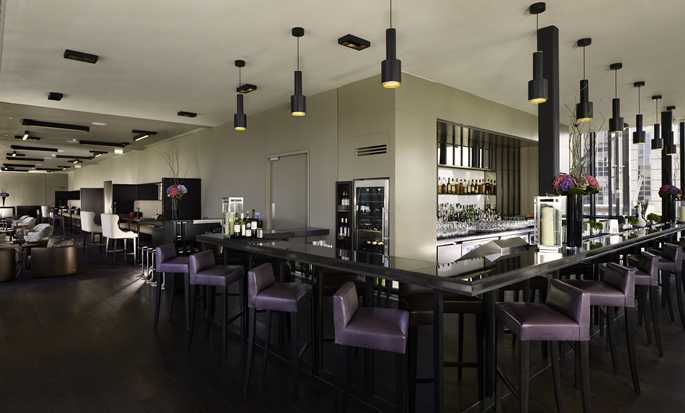 DoubleTree by Hilton Hotel London – Tower of London, Großbritannien – SkyLounge Bar