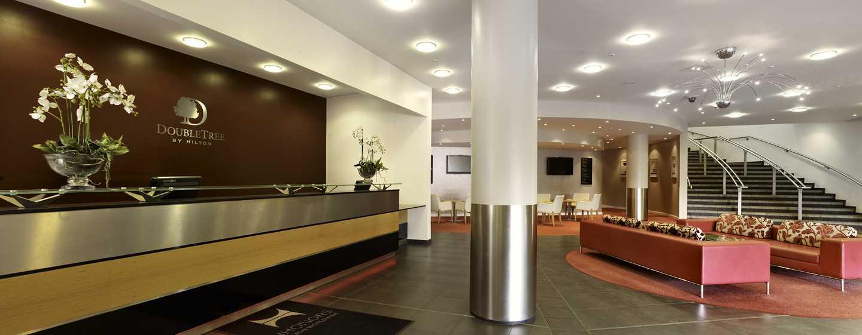 DoubleTree By Hilton Milton Keynes Grossbritannien Empfangsbereich