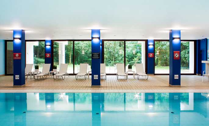 DoubleTree by Hilton Luxembourg, Luxemburg – Pool