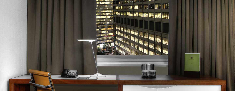 Hotel DoubleTree by Hilton Metropolitan– New York City, NY– Schreibtisch