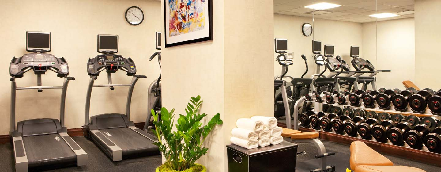 DoubleTree by Hilton Hotel New York – Fitness Center