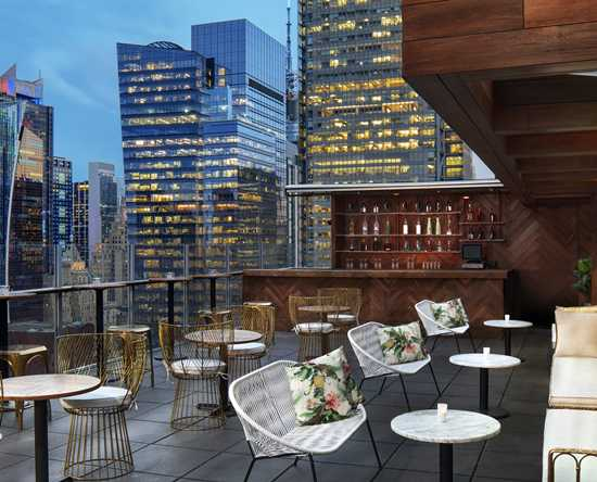 DoubleTree by Hilton Hotel New York Times Square West, New York – High Bar und Lounge