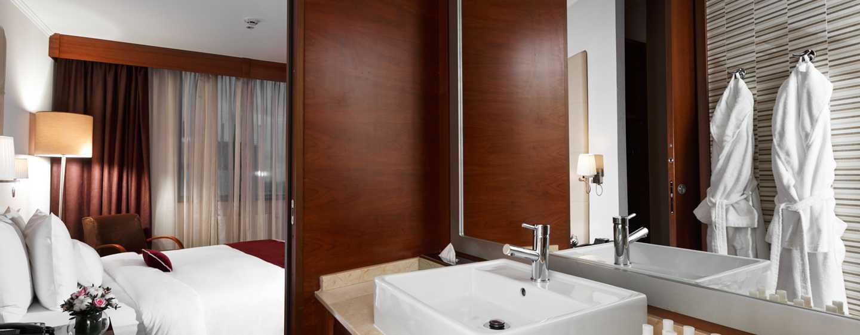 Doubletree By Hilton Novosibirsk Hotel, Russland– Badezimmer