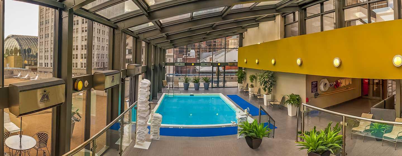 DoubleTree by Hilton Hotel Philadelphia Center City, Pennsylvania, USA– Innenpool