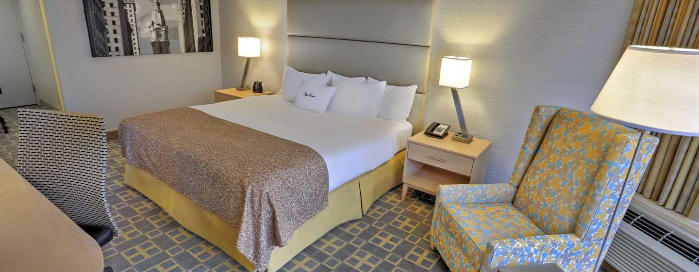 DoubleTree By Hilton Hotel Philadelphia Center City, Pennsylvania, USA– Zimmer mit King-Size-Bett