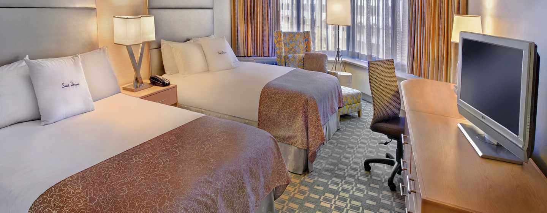 DoubleTree By Hilton Hotel Philadelphia Center City, Pennsylvania, USA– Standard Zimmer mit zwei Queen-Size-Betten