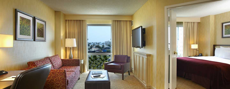 DoubleTree Suites by Hilton Hotel Santa Monica, Kalifornien, USA– Suite mit einem Schlafzimmer