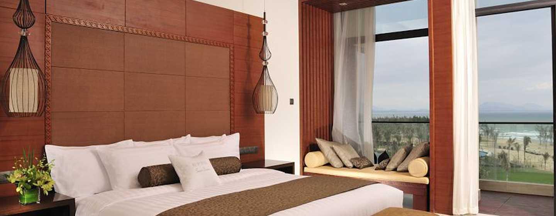 DoubleTree Resort by Hilton Hotel Sanya Haitang Bay, China– Zimmer mit Meerblick und Zugang zur Lagune