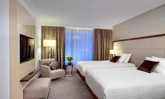 DoubleTree by Hilton Hotel & Conference Centre Warsaw, Poland - Guest Room