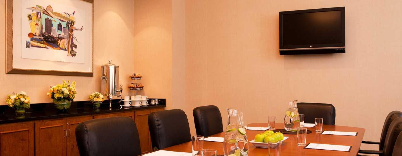 Embassy Suites Boston – at Logan Airport Hotel, Massachusetts, USA– Boardroom
