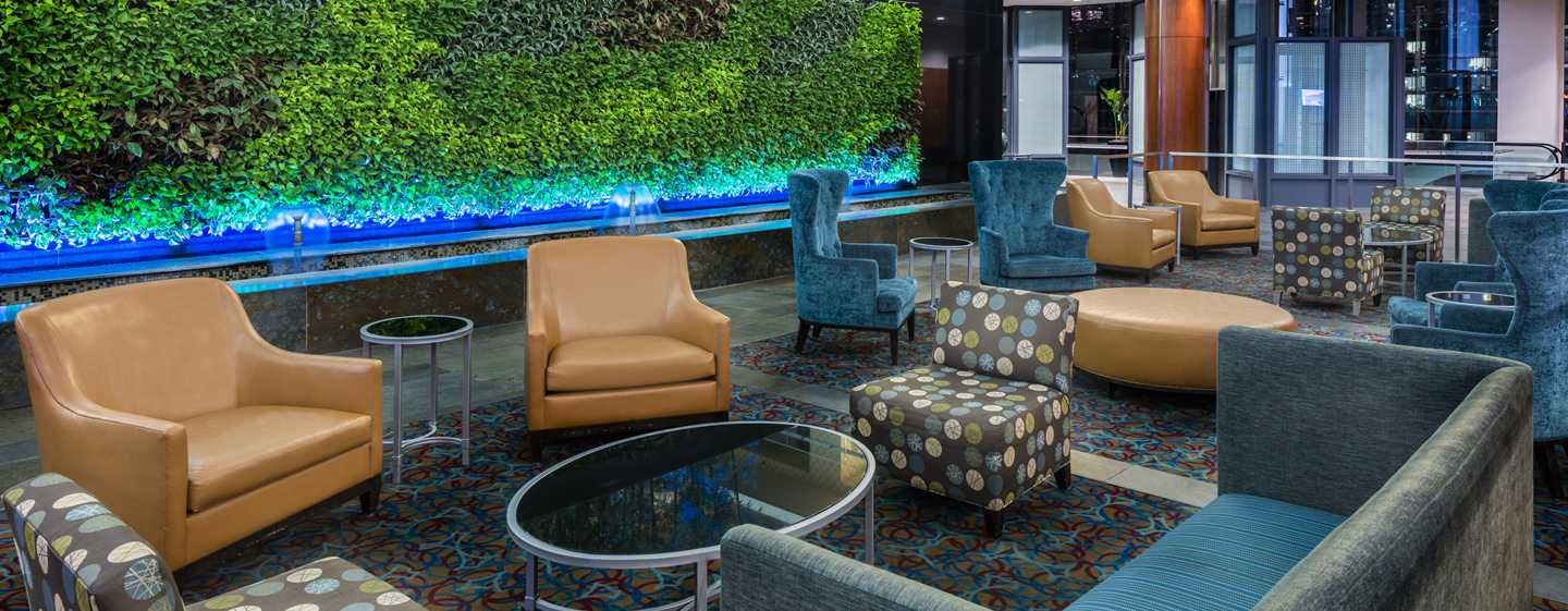 Embassy Suites Chicago Downtown Magnificent Mile Hotel, Illinois, USA– Hotel-Lobby