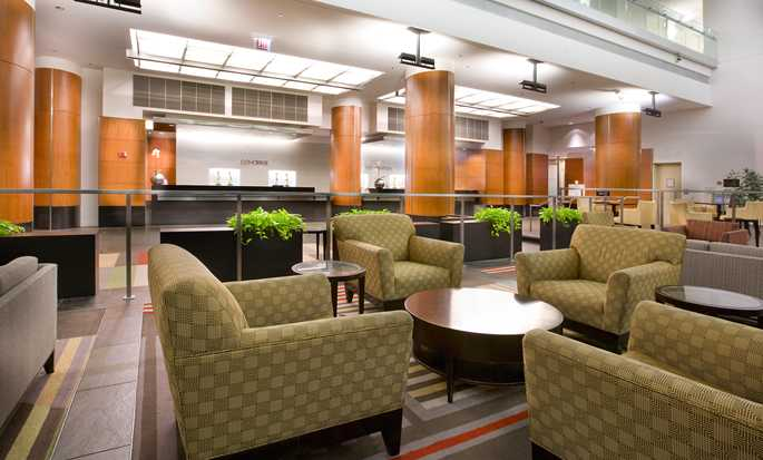 Embassy Suites Chicago Downtown Magnificent Mile Hotel, Illinois, USA – Lobby
