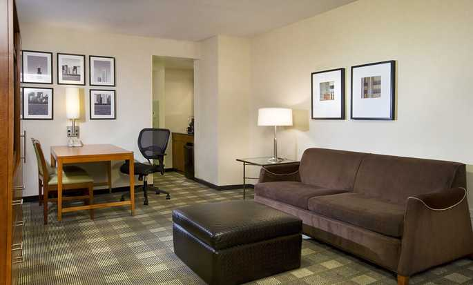 Embassy Suites Chicago Downtown Magnificent Mile Hotel, Illinois, USA – Wohnbereich der Suite