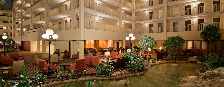 Embassy Suites Philadelphia – Airport Hotel, Pennsylvania, USA– Teich im Atrium