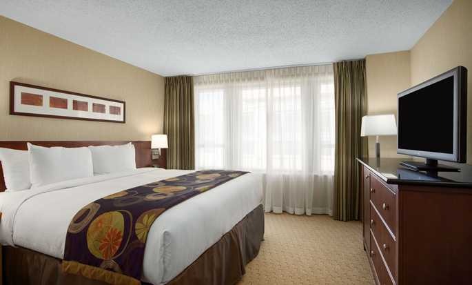 Embassy Suites Washington D.C. Convention Center hotel - Zimmer mit King-Size-Bett